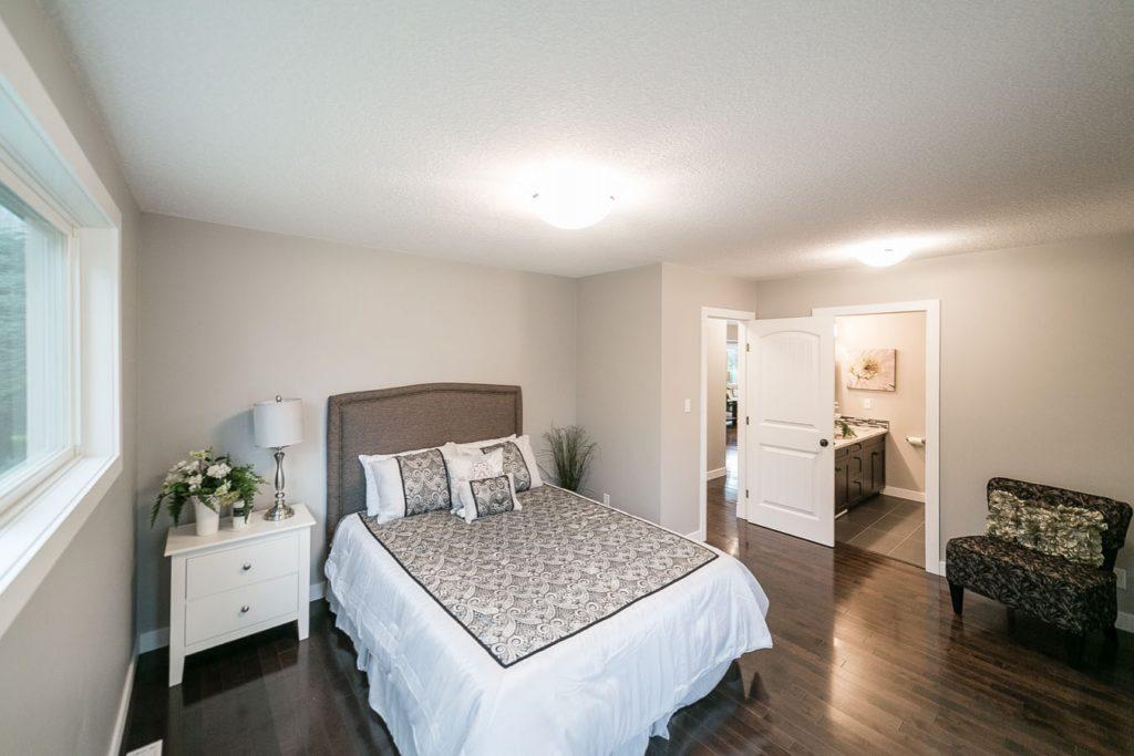 High end custom home builders in Edmonton